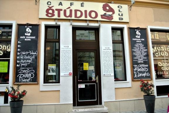Cafe Studio
