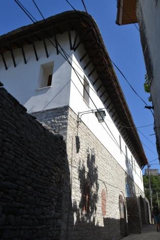 casa Kadare, exterior